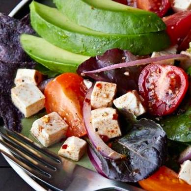 Tofu tortilla salad